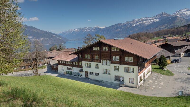 Berner Oberland mit Bergen See