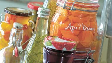 Aprikosen eingefuellt
